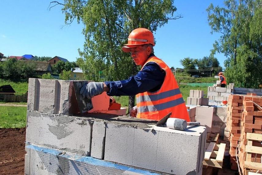 Заработной платы украинцев, работающих вПольше увеличились вдвое