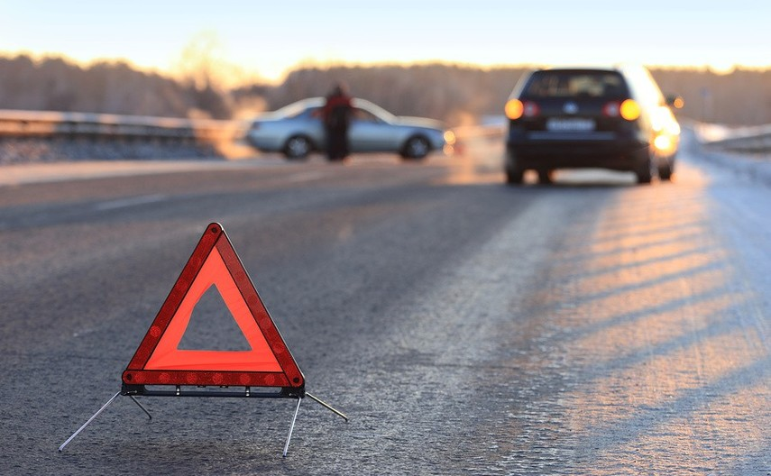 ВЗапорожской области случилось ДТП с незаконной маршруткой: шофёр скончался наместе,
