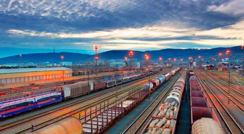 Мининфраструктуры на22,5% увеличит тарифы на ж/д грузоперевозки
