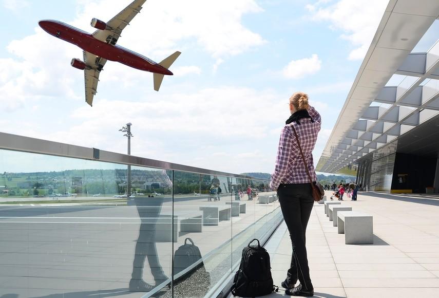 Гройсман пообещал: вОдесском аэропорту появится новая взлетно-посадочная полоска