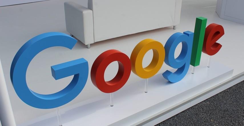 Google подготовитIT профессионалов бесплатно