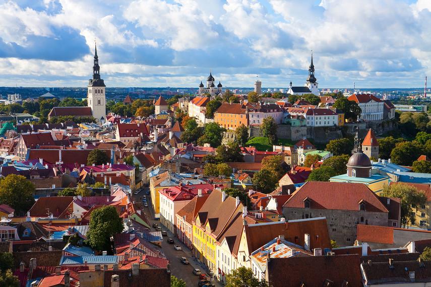 Президент Эстонии добралась вЛондон «напопутке»