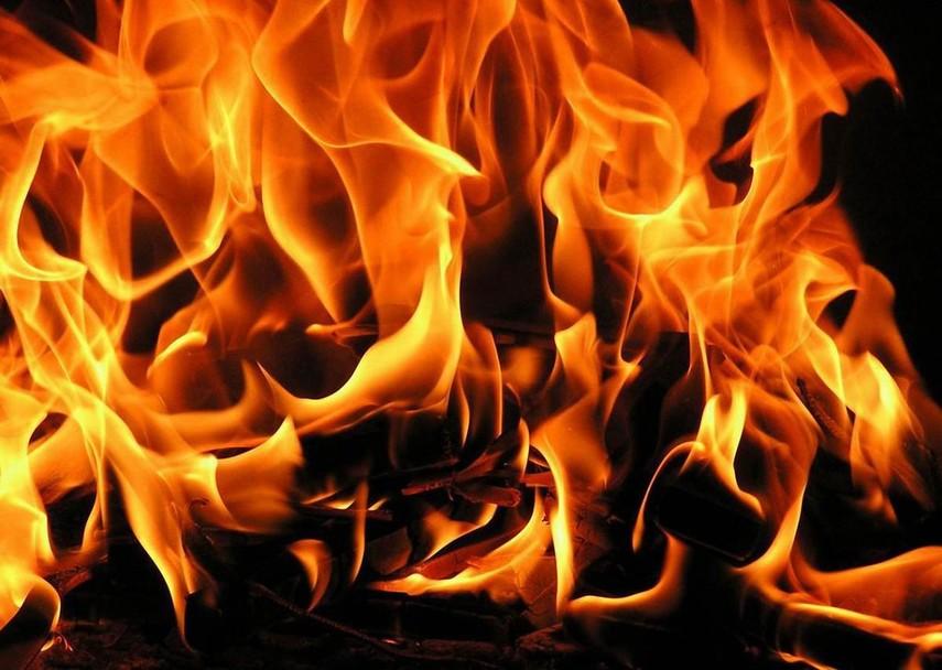 Пожар наМаршала Говорова: полыхает паркинг, задымление ивквартирах