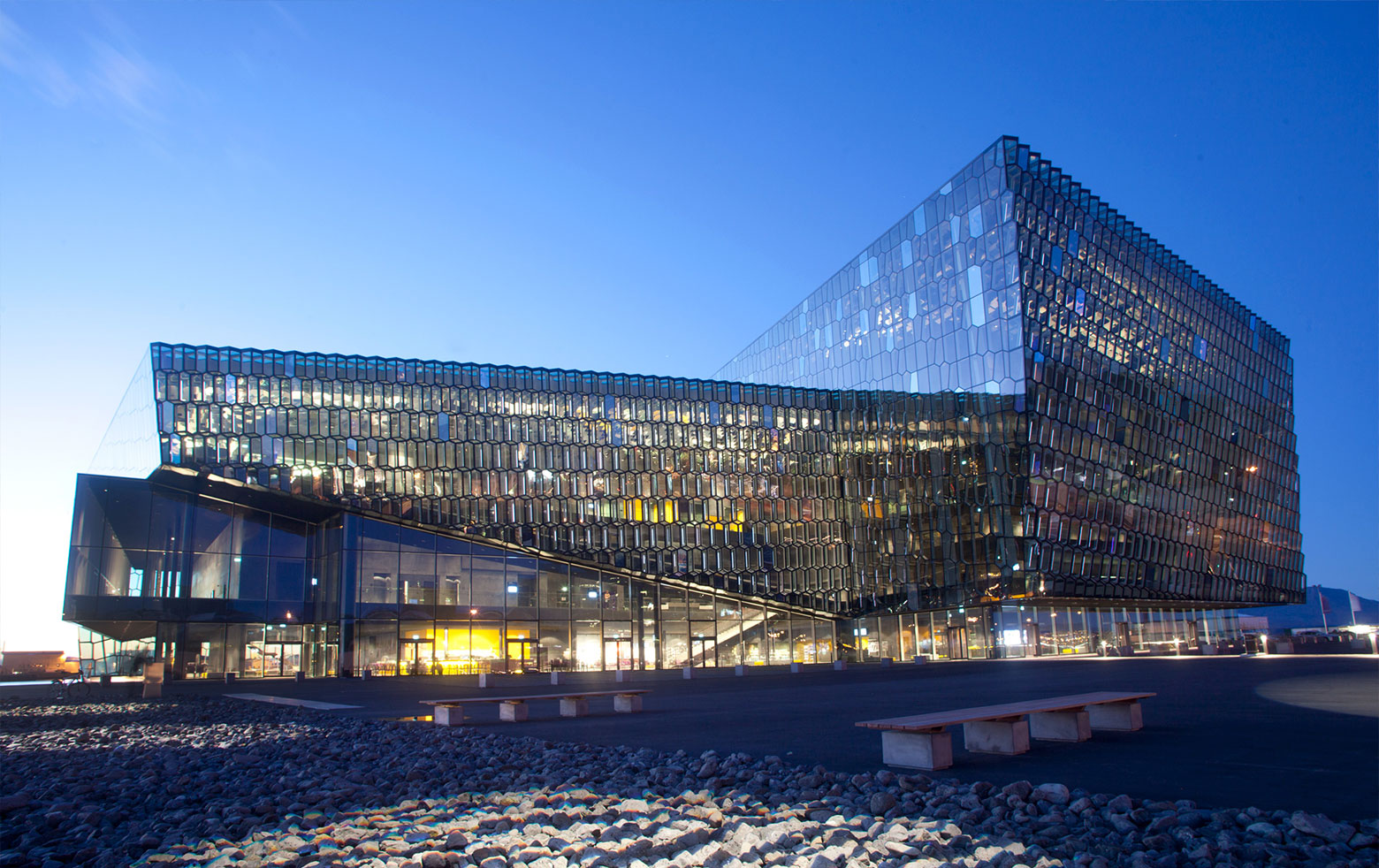 harpa-concert-congress-center-reykjavik-facade