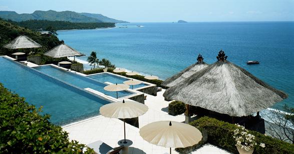 luxury-hotels-bali-amankila-slide-0_lg