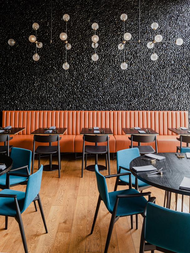 ugolniy restoran4